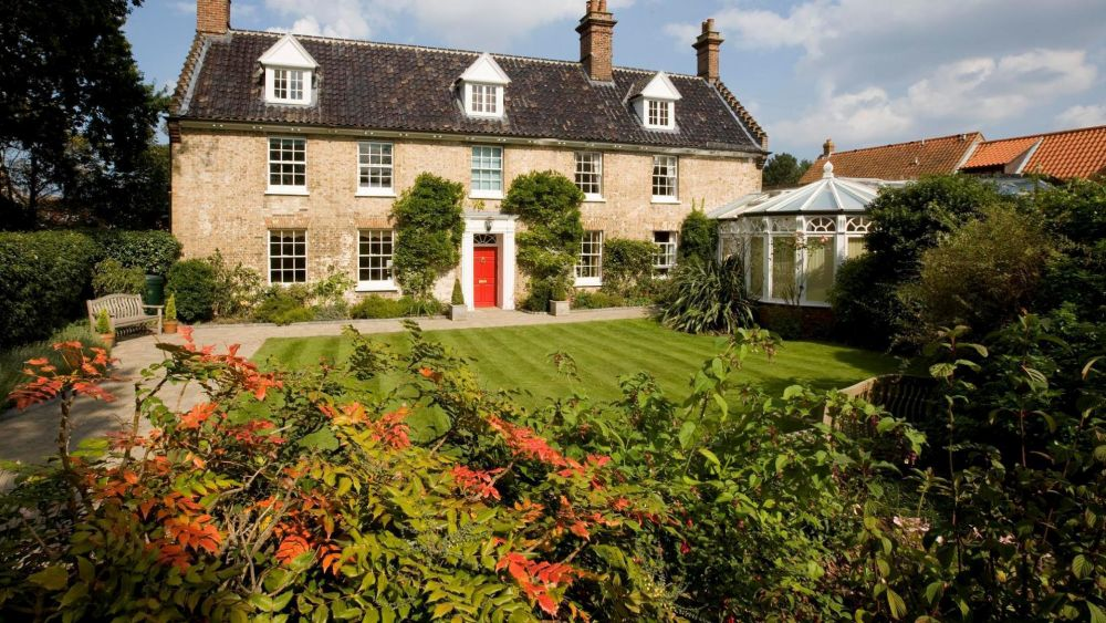 The 5 star luxurious Incleborough House near Cromer, Norfolk, by the sea