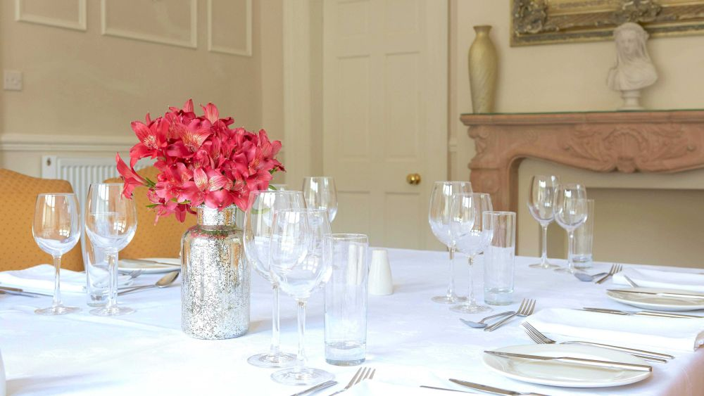 5* Portland House c1870 your 5* Party House from only £49 pppn