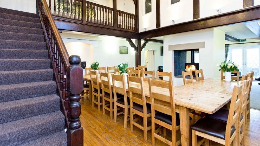 Quarnford Lodge for 20-28 guests.
