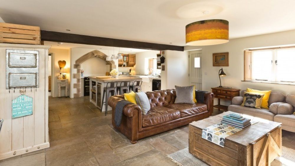 The Farmhouse at Benty Grange - Great Family Holiday Home in the Heart of the Peak District
